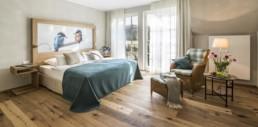 Hotelzimmer mit Blick auf die idyllische Landschaft